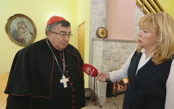 Kardinal Vinko Puljić, vrhbosanski nadbiskup, i Ivana Petrović (Foto: Dnevnik.hr)