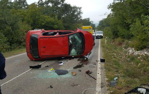 Teška prometna nesreća u Istri: Policajac poginuo na licu mjesta, automobil mu se prevrnuo na krov