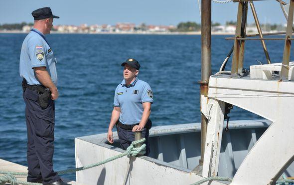 Kod Palagruže policija uhitila trojicu Talijana zbog krivolova