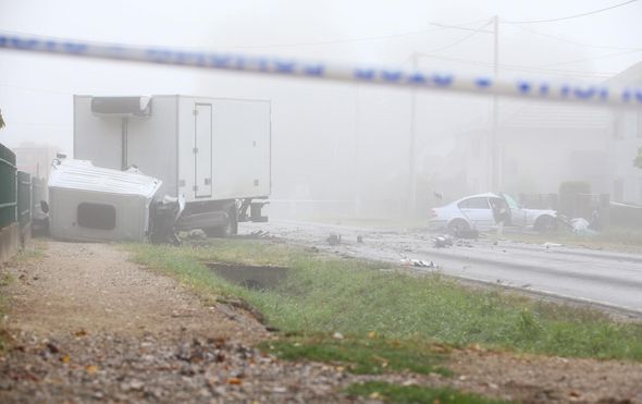U prometnoj nesreći kod Dugog Sela jedna osoba poginula a dvije ozlijeđene - 8