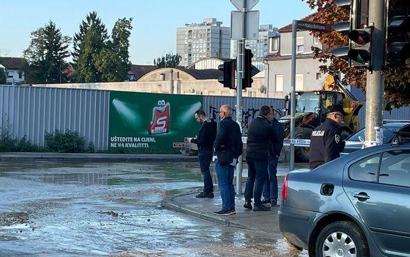 """Nakon još jednog puknuća cijevi na Trešnjevci, šef Vodoopskrbe: """"Možda smo bili zločesti, pa nas Bog kažnjava"""""""