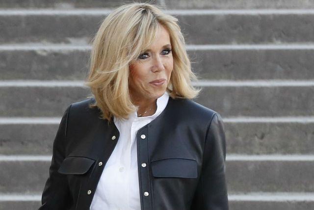 Brigitte Macron u kožnatom sakou - 4