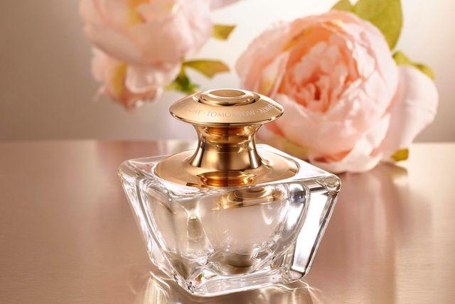 Avonova esencija parfema u gel obliku