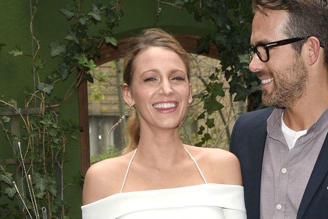 Blake Lively u uskoj bijeloj haljini - 6