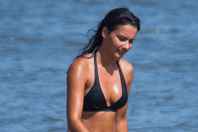 Lijepa crnka s osječke plaže Kopike - 1