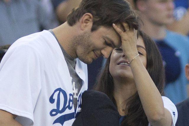 Mila Kunis i Ashton Kutcher - 1