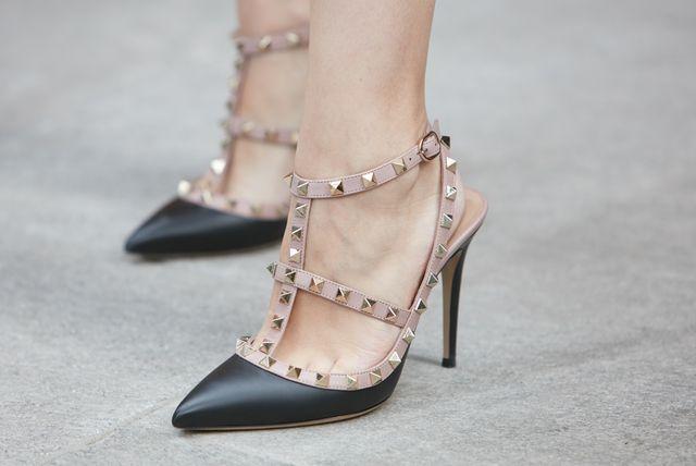 Cipele otvorenih peta na visoku potpeticu vrlo su fleksibilan model