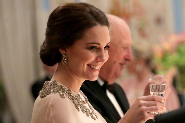 Catherine na kraljevskoj gala večeri u Oslu