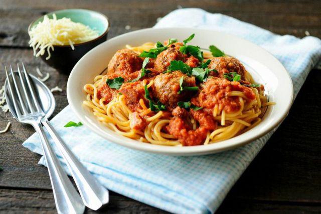 Integralna tjestenina s puretinom i šalšom