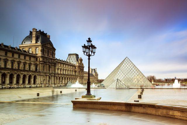 U muzeju \'Louvre\' nalazi se oko 38.000 umjetničkih djela