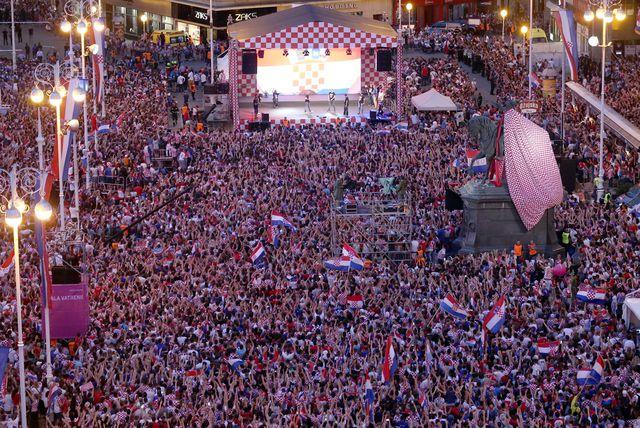 Doček Vatrenih na glavnom zagrebačkom trgu