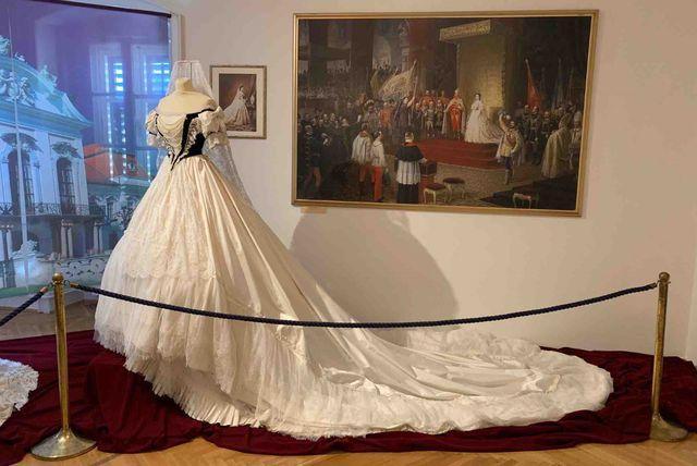 Izložba \'Modni ormar carice Sisi\' bit će otvorena u Opatiji - 1