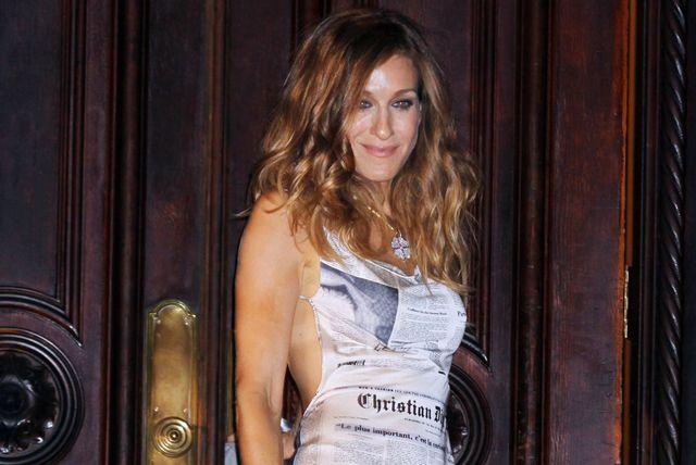 Sarah Jessica Parker na snimanju 'Seksa i grada' u kultnoj 'novine' haljini Johna Galliana