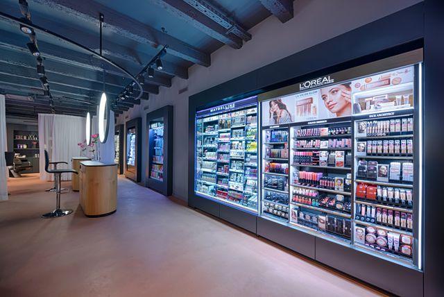 U centru Zagreba, na preko 300 m2, otvorena je 100. BIPA poslovnica koja je u potpunosti drukčija od svih dosadašnjih