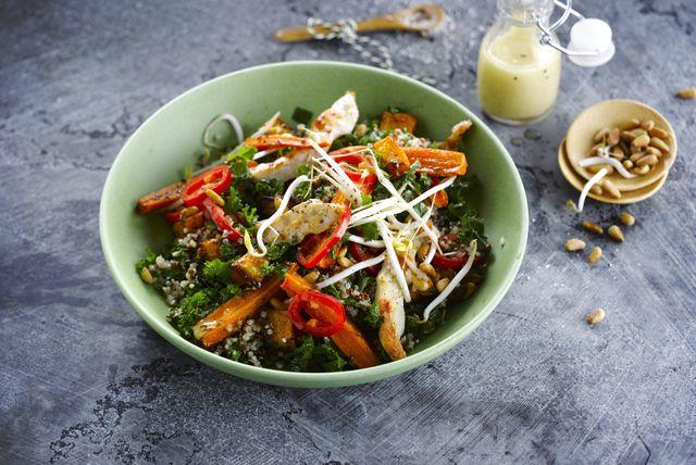 Salata s kvinojom i piletinom