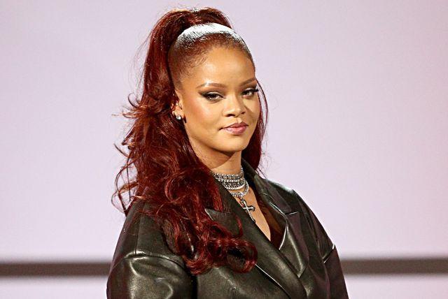 Rihanna u hlačama stvorenima za nošenje uz štikle - 1