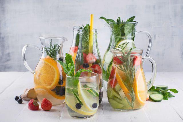 Voda s voćnim dodacima
