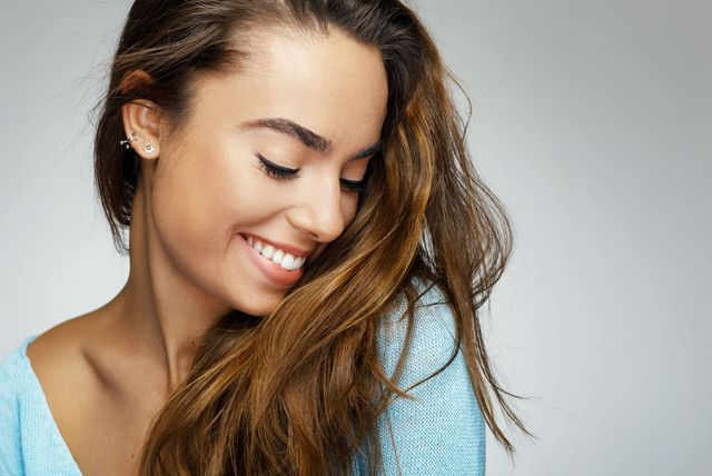 Nasmiješena žena