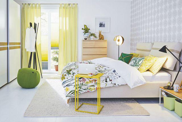 Ideje za uređenje spavaće sobe u žutoj i zelenoj boji - 1