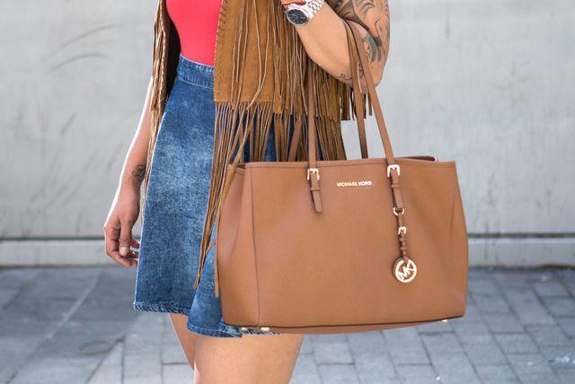 Većina žena preferira velike torbe