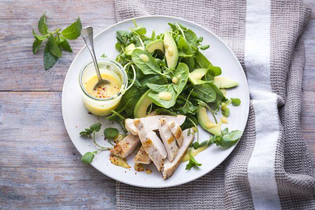 Zeleno lisnato povrće i meso peradi važan su dio MIND prehrane