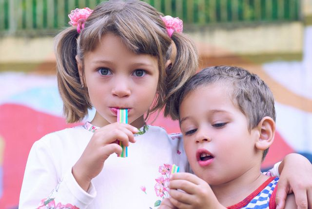 Djeca žvaču žvaku