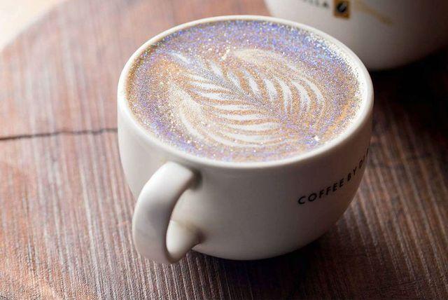 Glitter kava
