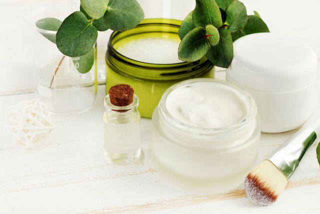 Eukaliptus, sol za kupanje i eterično ulje