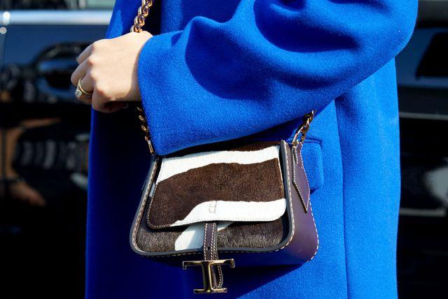 Među bojama koje će obilježiti jesen je i ova odvažna plava