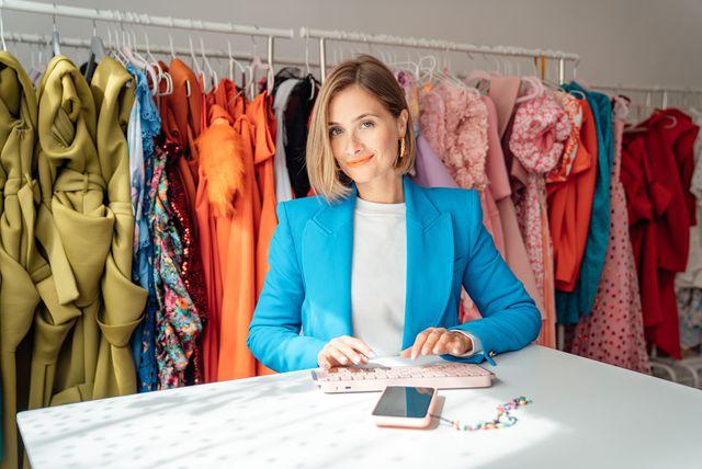 Kreativna modna influencerica Matea Miljan i njezina pomagačica Logitech tipkovnica MX Keys Mini - 3