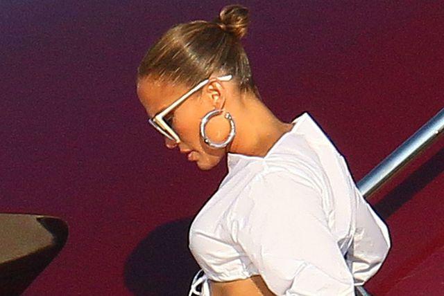 Jennifer Lopez u St. Tropezu u odvažnoj kombinaciji