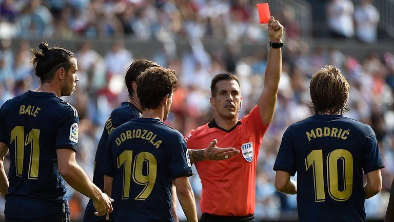 Modrić dobio crveni karton