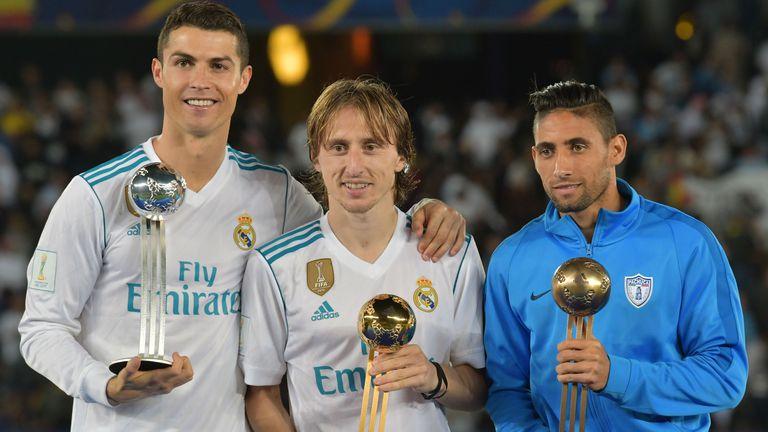 Cristiano Ronaldo, Luka Modrić i Jonathan Urretaviscaya