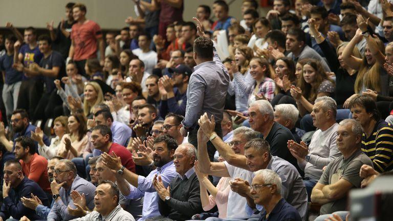 Publika na Poljudu