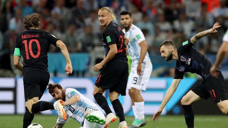 Luka Modrić, Lionel Messi, Domagoj Vida i Marcelo Brozović