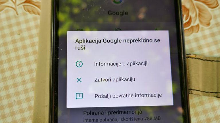 Googleova aplikacija se ruši
