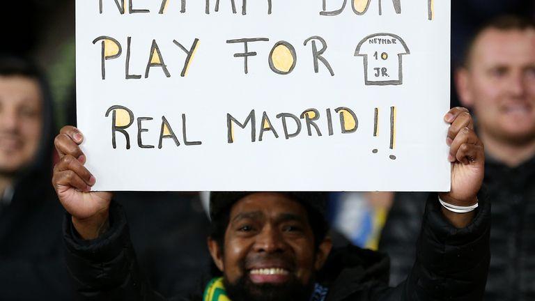 Navijačka molba Neymaru