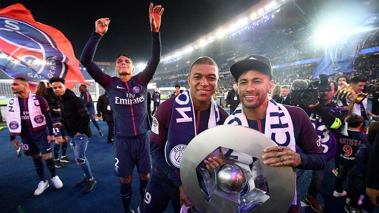 Kylian Mbappe i Neymar