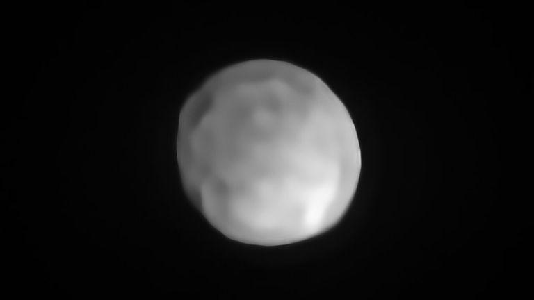 Hygiea, asteroid ili patuljasti planet?