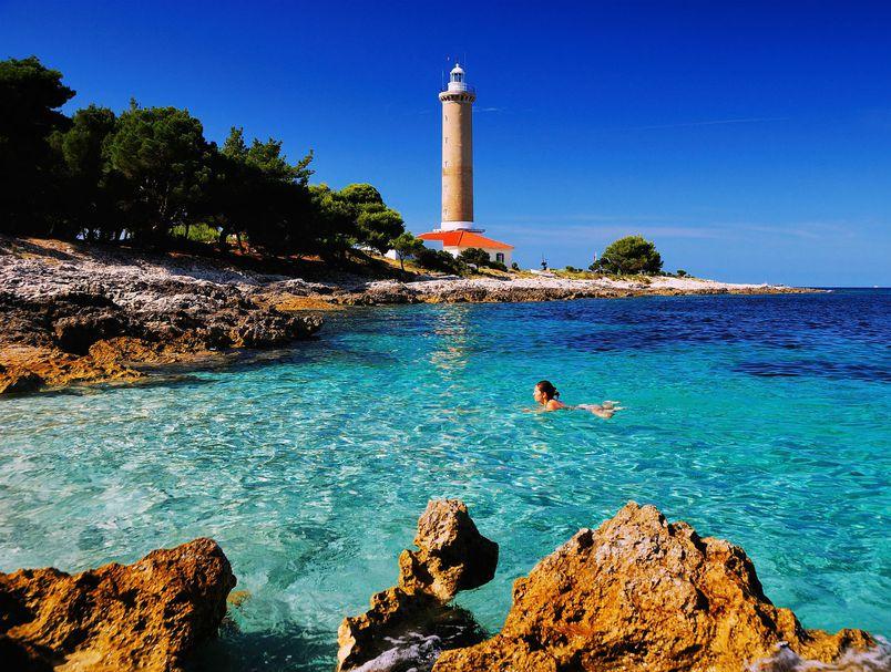 Veli rat lighthouse, Dugi otok lighthouse, vacation on lighthouse, www.zadarvillas