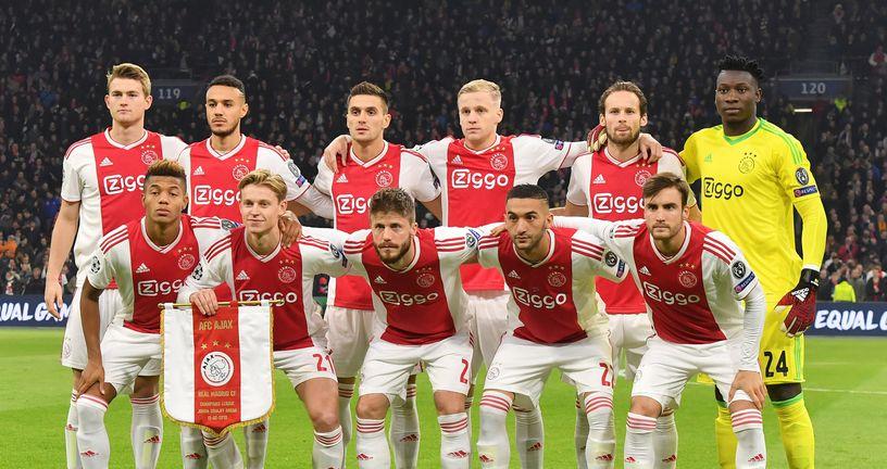 Momčad Ajaxa (Foto: AFP)