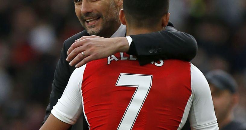 Pep Guardiola i Alexis Sanchez (Foto: AFP)