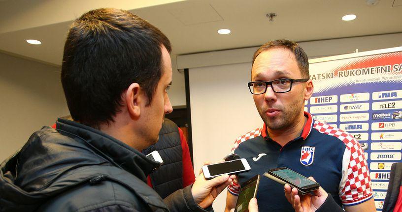 Hrvoje Horvat i novinar GOL.hr-a Marko Čeko (Foto: Slavko Midzor/PIXSELL)