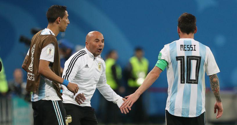 Jorge Sampaoli i Lionel Messi (Foto: CEZARO DE LUCA/DPA/PIXSELL)