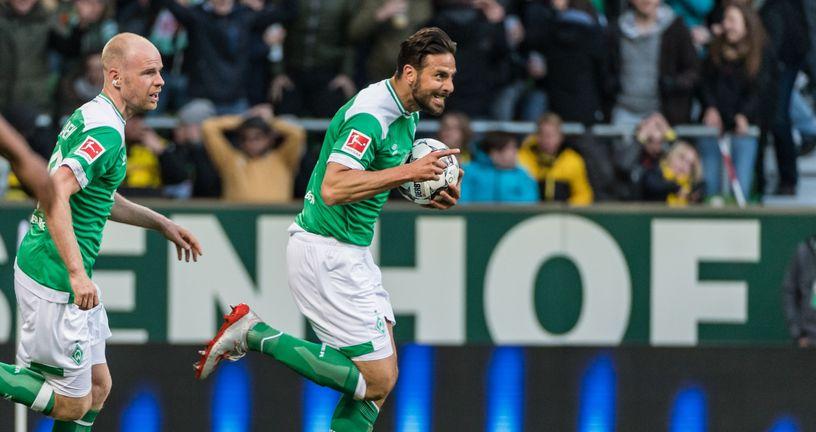 Claudio Pizarro slavi gol (Foto: NordPhoto/NordPhoto/PIXSELL)