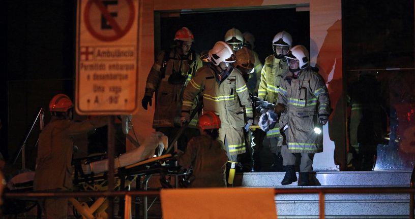 Požar u bolnici u Riju (Foto: AFP)