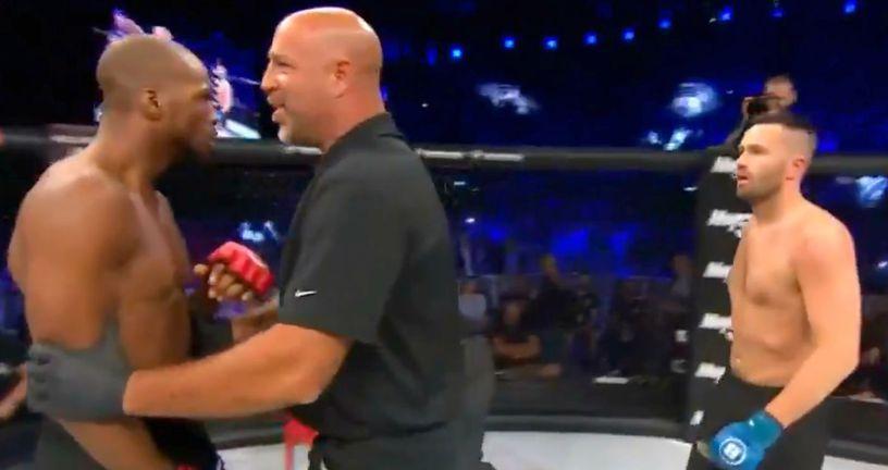 Michael Page i sudac nakon borbe (Bellator)