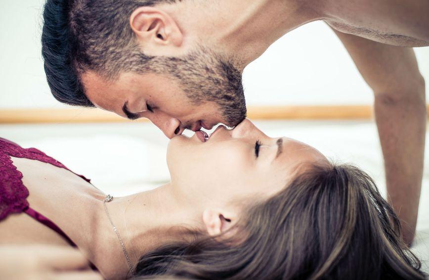 Muškarci vole iznenađenja u krevetu