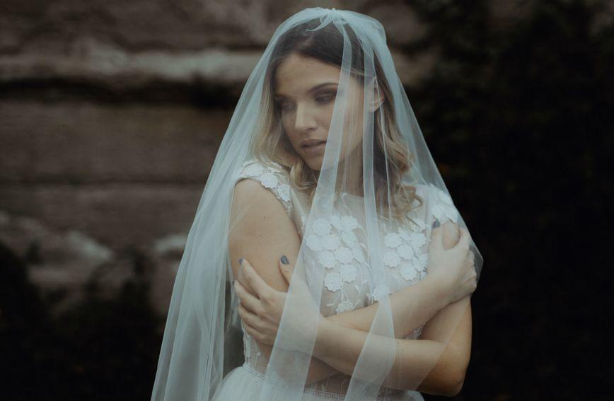 Kampanja za novu kolekciju Lukabu vjenčanica snimljena u zaboravljenoj vili Batory u Osijeku