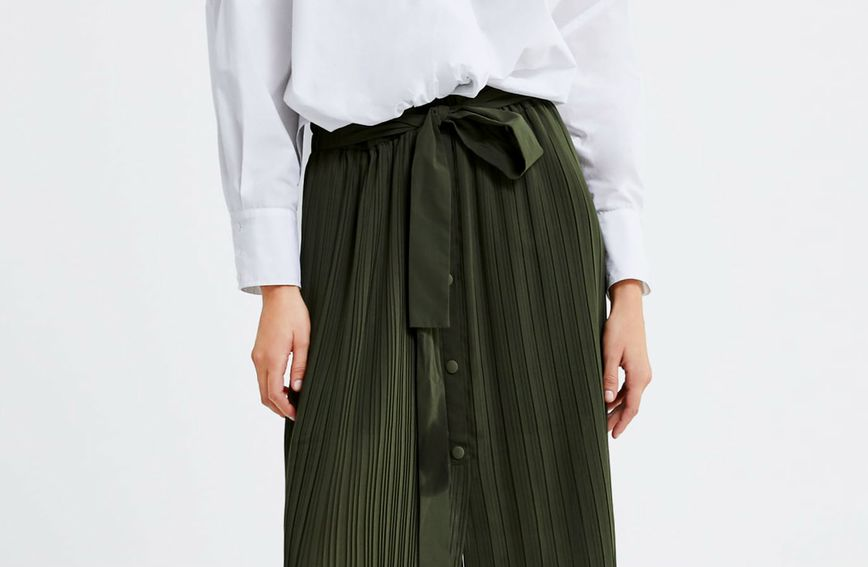 Suknja modnog brenda Zara